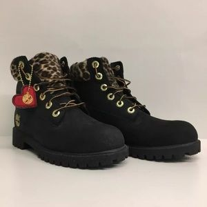 Timberland Black with Cheetah Print Boots Size 4